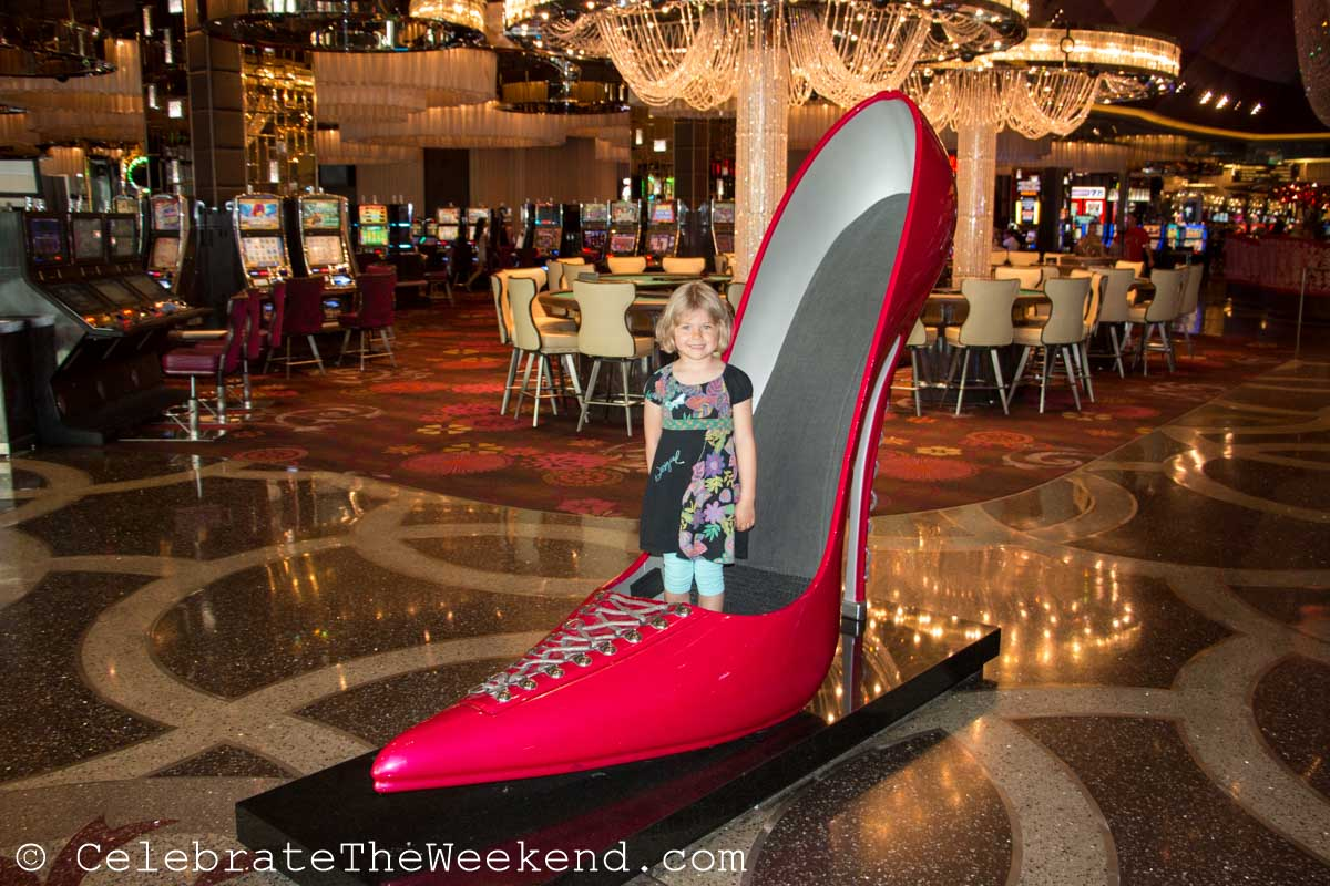 Why We Took Our Kids to Vegas (and should you?). TOP 10 FAMILY FAVORITES.