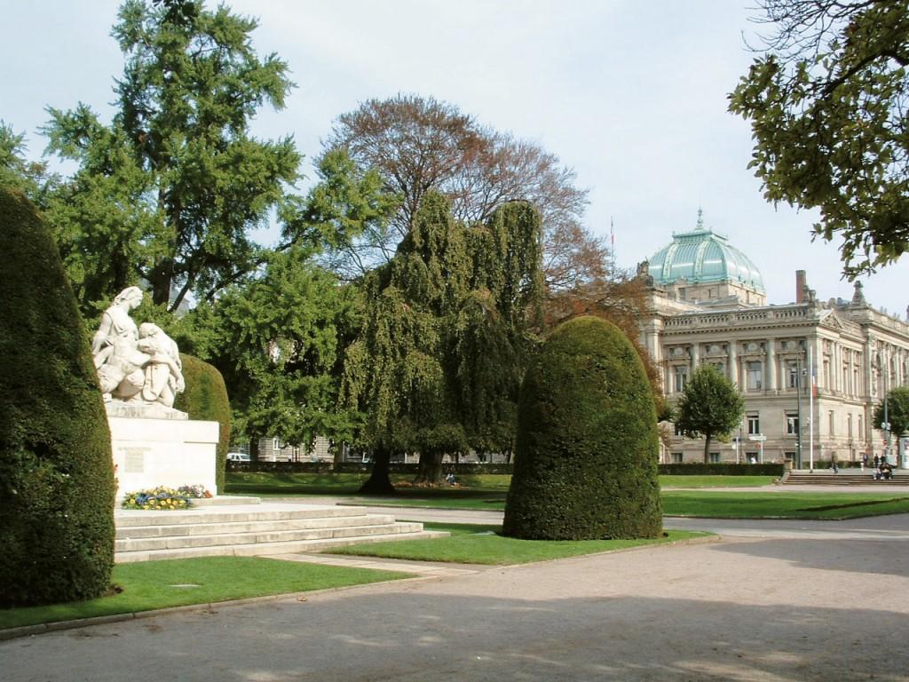 Place de la Republique; Photo Credit: Strasbourg Tourist Office